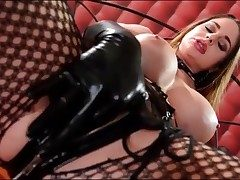 Kinky Cathy Heaven drains in spandex gloves